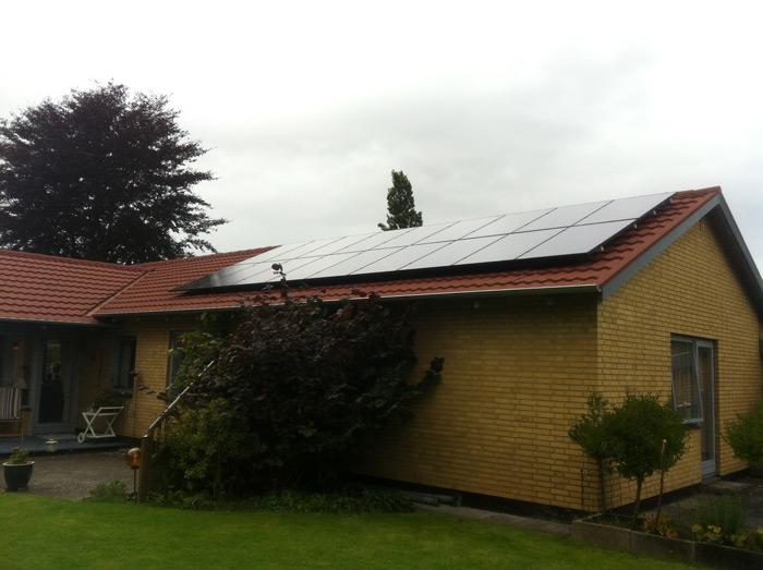 4,5 kW solcelleanlæg Billund